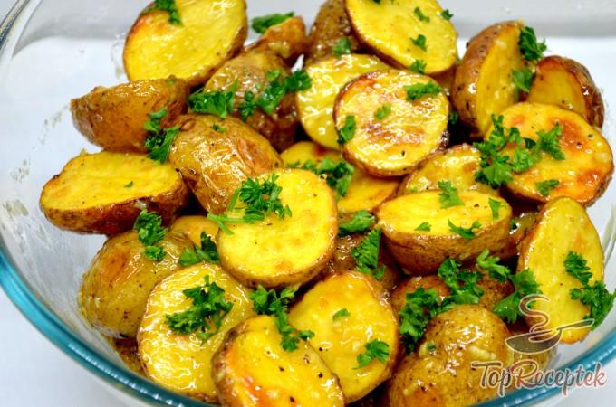 Recept Sült burgonya francia mustáros mártással, lépés 1